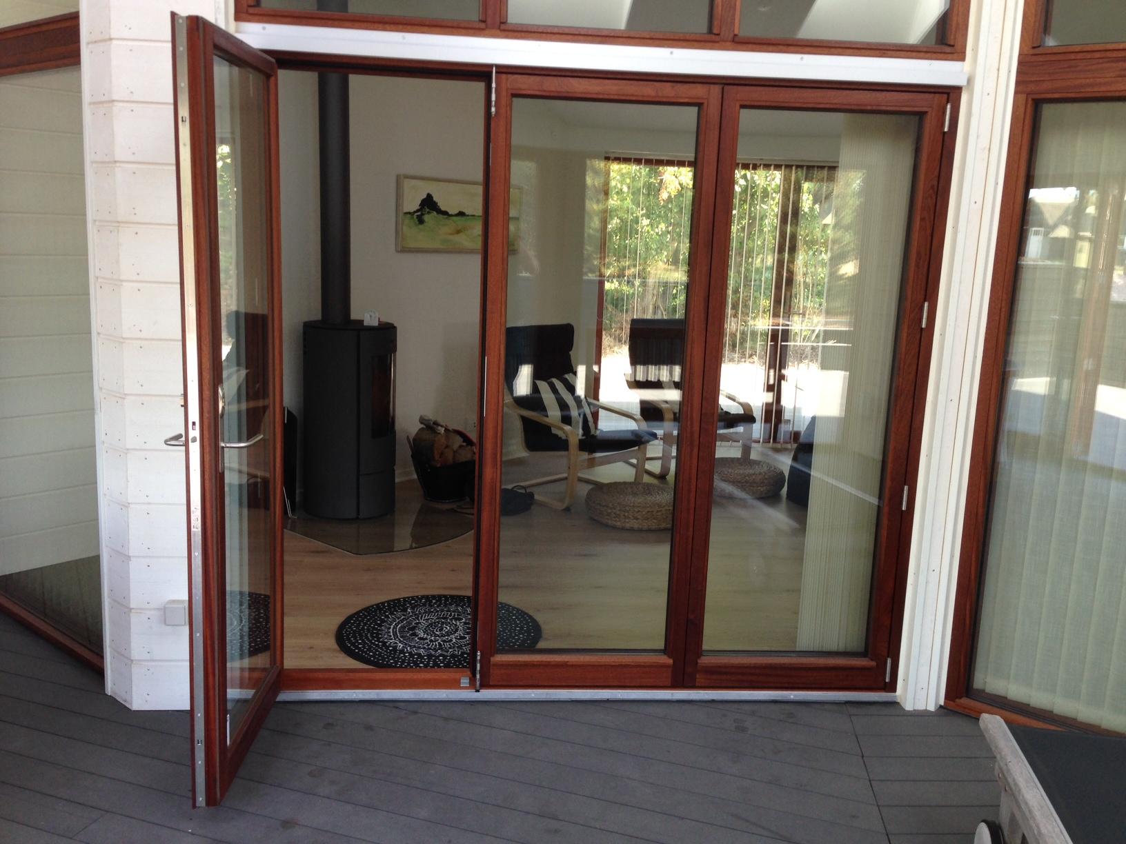 Mahogni terrassedør – Bordben jern